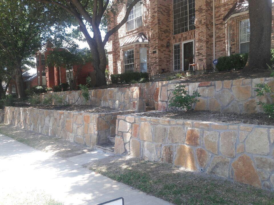 Retaining wall dallas tx project ideas jcl landscaping for Landscaping rocks dallas